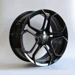 DM131 20x9 20x10.5 Maserati Levante Gloss Black 01